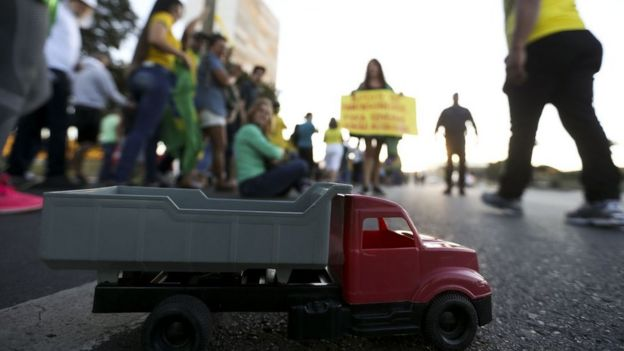 Protesto em Brasília pela eliminação dos impostos federais sobre o diesel