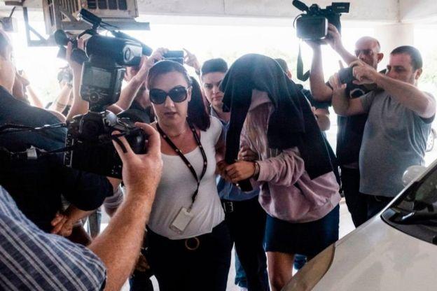 Британка с матерью в суде