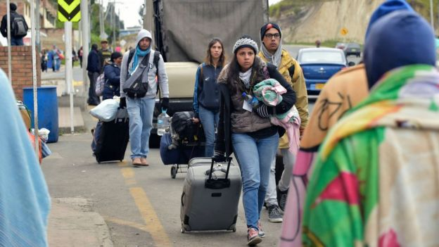 Venezolanos en la carretera Panamericana.