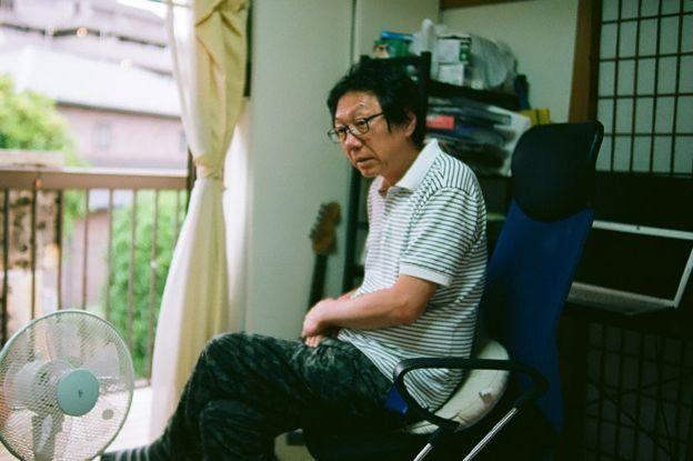 Takashi Yoshikawa pertama kali membuka sekolah bebas pada tahun 2010.