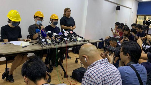 """香港年青示威者召开""""民间记者会""""(6/8/2019)"""