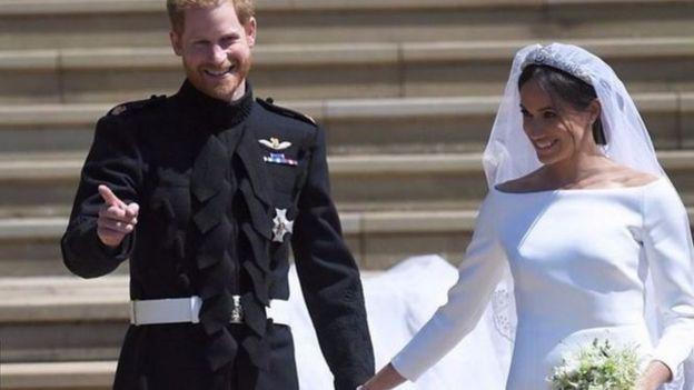 828ee5b30461a الزفاف الملكي 2018  زواج الأمير هاري وميغان في قصر ويندسور - BBC ...