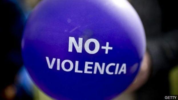 Globo en protesta de la violencia machista