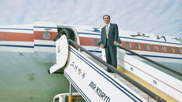 朴采書搭乘朝鮮一架民航班機去平壤。