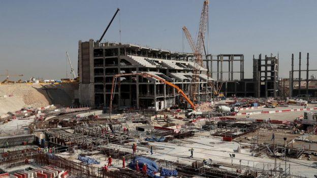 La construcción de un estadio en Qatar