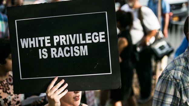 Protesta en contra del racismo.