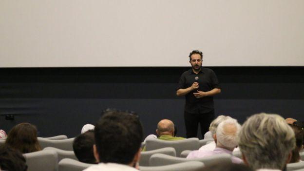"""Yönetmen Büyükcoşkun 'Gitmek' belgeseli için """"Bir yolculuk hikâyesi"""" diyor."""