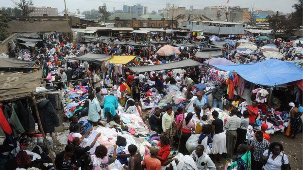 El mercado de Gikomba, en Nairobi, es el segundo más grande de ropa de segunda mano en África oriental.