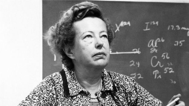 在居里夫人1903年獲得諾貝爾獎的60年後,瑪麗亞·格佩特-梅耶成為第二位榮獲諾貝爾物理學獎的女性,這一獎項由她與漢斯·D·延森 (Hans D Jenson) 及耶諾·維格納 (Eugene Wigner) 共同摘得。