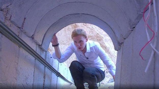 إسرائيل سمحت لمراسلة بي بي سي أورلا غارين بمشاهدة أحد الأنفاق