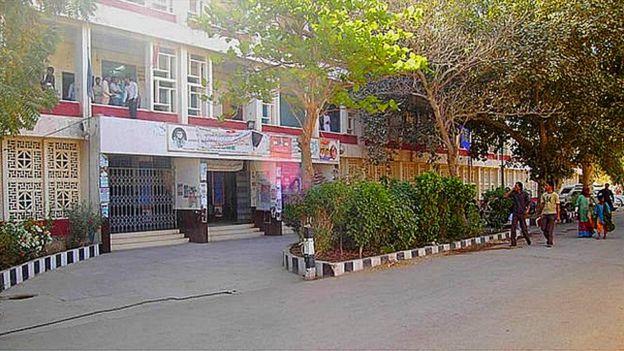 سندھ یونیورسٹی