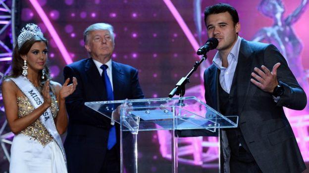 Emin Agalarov, Donald Trump y Miss Estados Unidos después del certamen en Las Vegas.