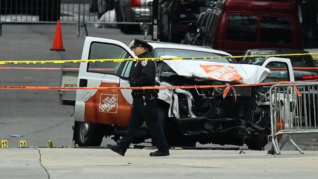 Camioneta pick up con la que Sayfullo Saipov mató a 8 personas e hirió a al menos 11.