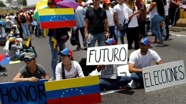 Manifestantes antigubernamentales