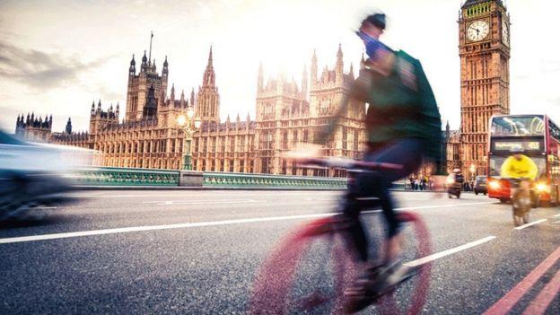 велосипедист в Лондоне