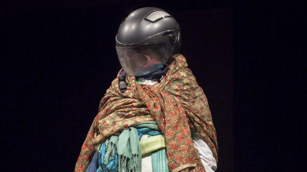 Mallika Taneja durante su actuación (Foto: Claudia Pajewski)