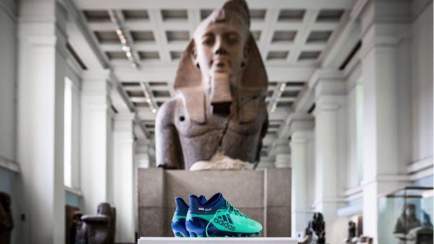 حذاء صلاح في المتحف البريطاني