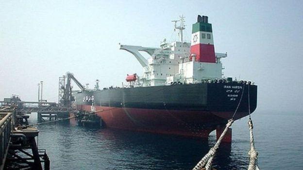 صادرات نفت ایران از زمان شروع تحریم های آمریکا کاهش داشته است
