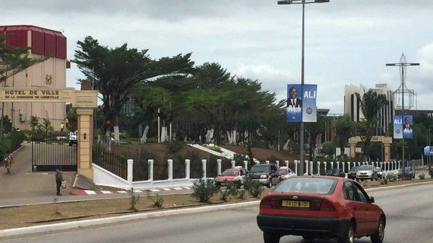 Libreville, la capitale gabonaise, est calme, presque déserte.