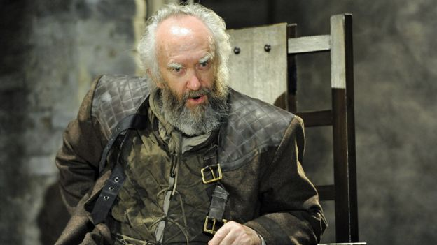 Jonathan Pryce as King Lear in 2014