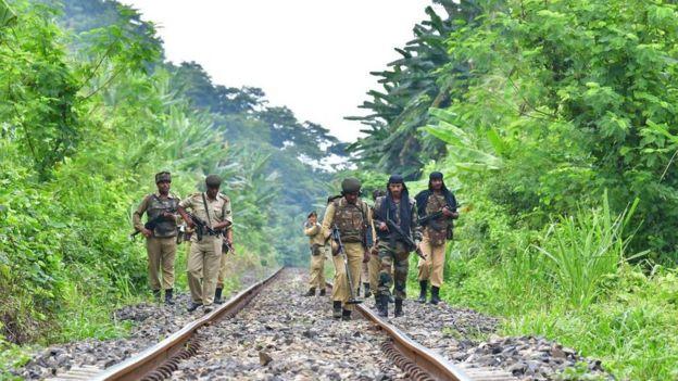 সেনাবাহিনীর কড়া নিরাপত্তায় উত্তর-পূর্ব ভারতের একটি রেলপথ