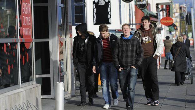 Adolescentes em Reykjavík