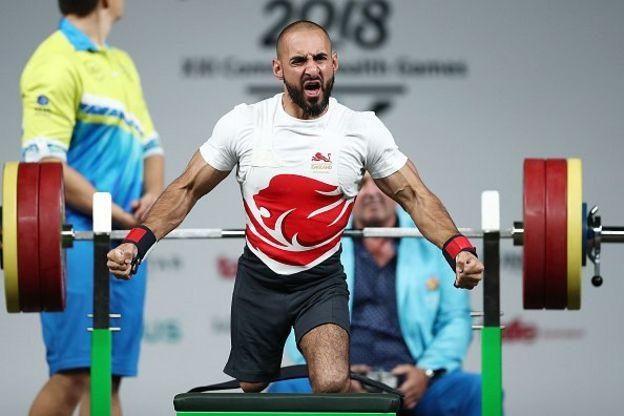 """Atlet angkat beban peraih medali Paralimpiade asal Inggris, Ali Jawad, mengkritik keras langkah Wada yang dinilainya masih """"lembek"""" dalam menghadapi Rusia"""