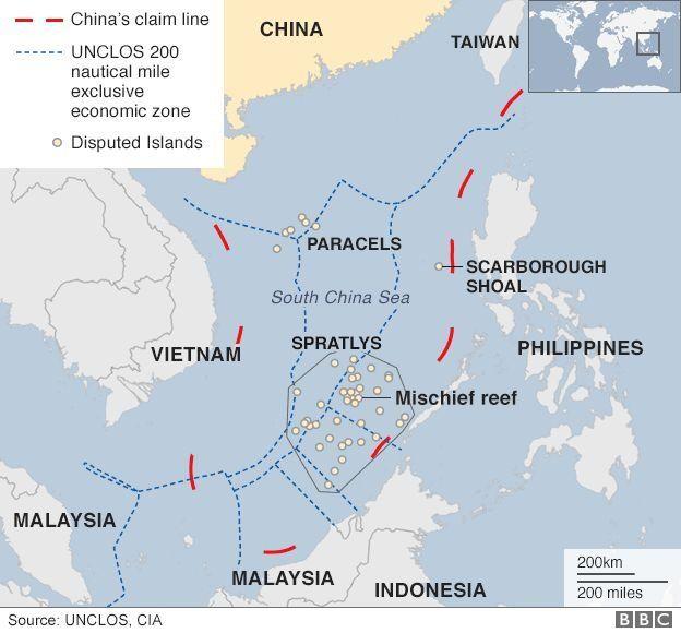 Bản đồ các khu vực có tranh chấp ở Biển Đông. Mischief Reef (Đá vành khăn) là nơi tàu chiến Mỹ đã hai lần áp sát trong các cuộc tuần tra 'tự do hàng hải'.