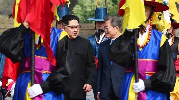 Началась встреча президентов Южной Кореи и КНДР [Обновлено]