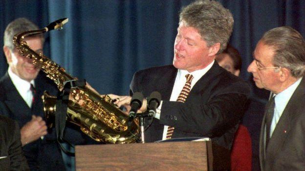 Bill Clinton oo guddoomaya turumbo haddiyad ah