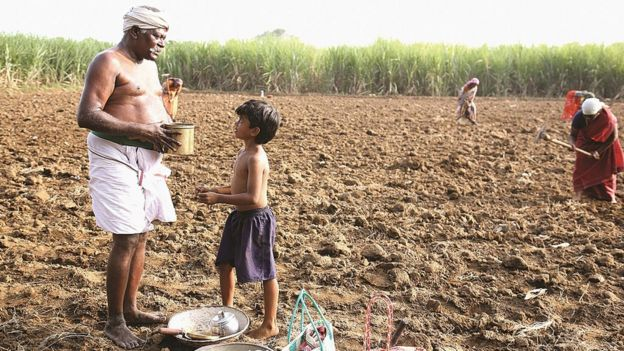 வாட்ஸ்-ஆப் மூலம் நண்பர்களால் திரட்டப்பட்ட பணத்தால் உருவான திரைப்படம்