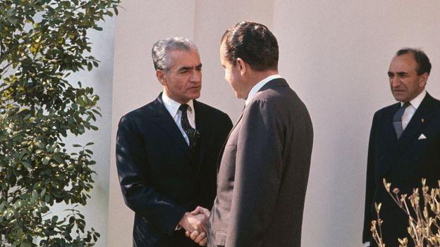 Mohamed Reza Pahlevi com Richard Nixon.