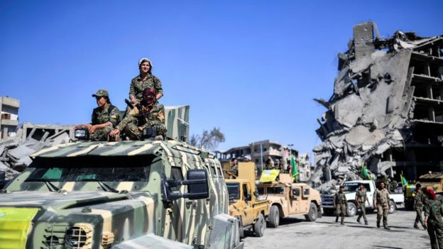 Курдские женщины-ополченцы