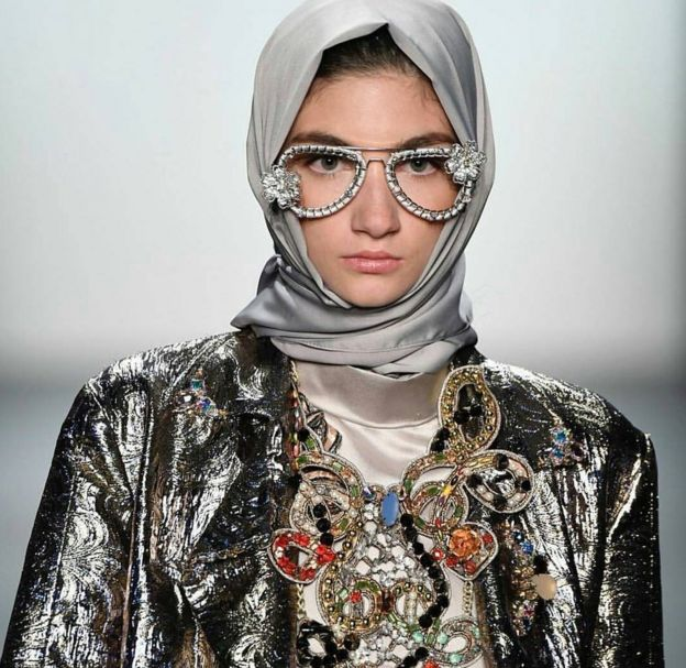 52922fa822163 The moment hijabs dazzled the New York Fashion Week catwalk - BBC News