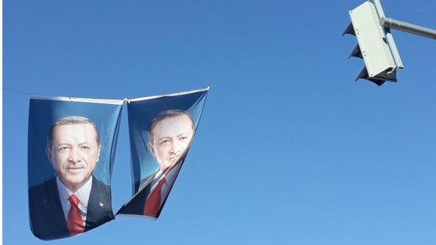 رجب طیب اروغان رئیس جمهور فعلی ترکیه و یکی از نامزدهای انتخابات ریاست جمهوری ۲۰۱۸