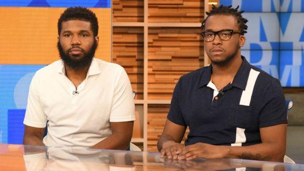 Rashon Nelson y Donte Robinson fueron mantenidos durante ocho horas bajo custodia policial.