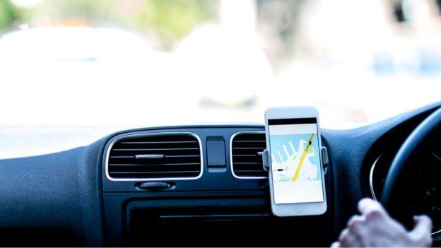 Smartphone em carro