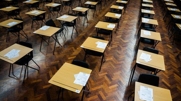 The new GCSE grades explained - BBC News