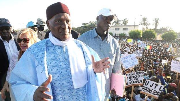 Selon lui, l'ancien président sénégalais, qui vit à Versailles depuis sa perte du pouvoir, va revenir au Sénégal pour les besoins de la campagne.
