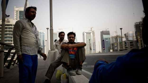 Trabalhadores migrantes indianos em Dubai