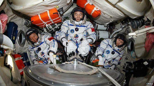 Shenzhou-9 crew