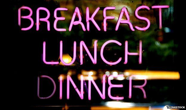 Neon sign for breakfast, lunch and dinner