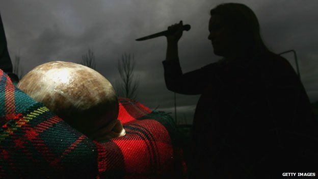 Stabbing a haggis