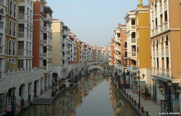 A replica Venice in China