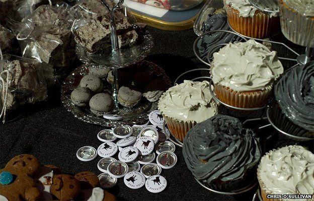 Grey cakes on sale