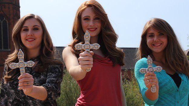 Brynne Larson (centre) and Tess (left)and Savannah (right) Scherkenback