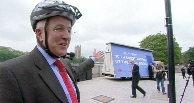 Denis MacShane jailed for MP expenses fraud - BBC News