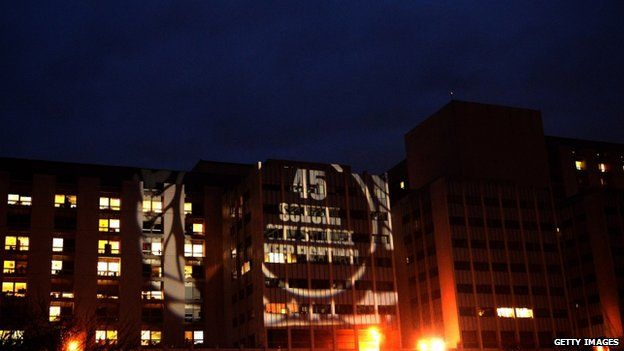 Support message for Schumacher projected onto the hospital in Grenoble (3 January 2013)
