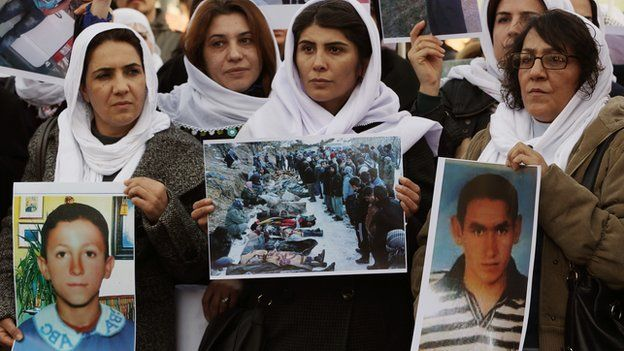 Kurdish victims' relatives demonstrating in Ankara, Dec 2013
