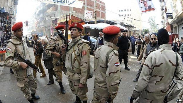 Security forces in Alexandria, 15=4 Jan